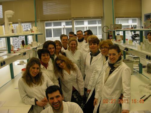 Εργαστηριακά Μαθήματα Φαρμακευτικής Τεχνολογίας 2011